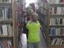 Żyrafki z wizytą w bibliotece